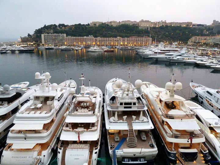 yachts-in-monaco